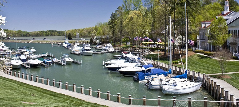 Boats, Kayaks, Pontoons and Bike Rentals